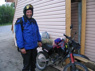 Fredrik and the moped in Medvezhegorsk