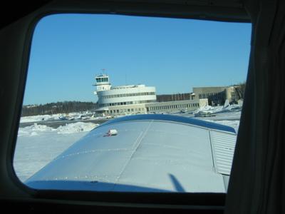 Landing to Helsinki-Malmi, March 2005