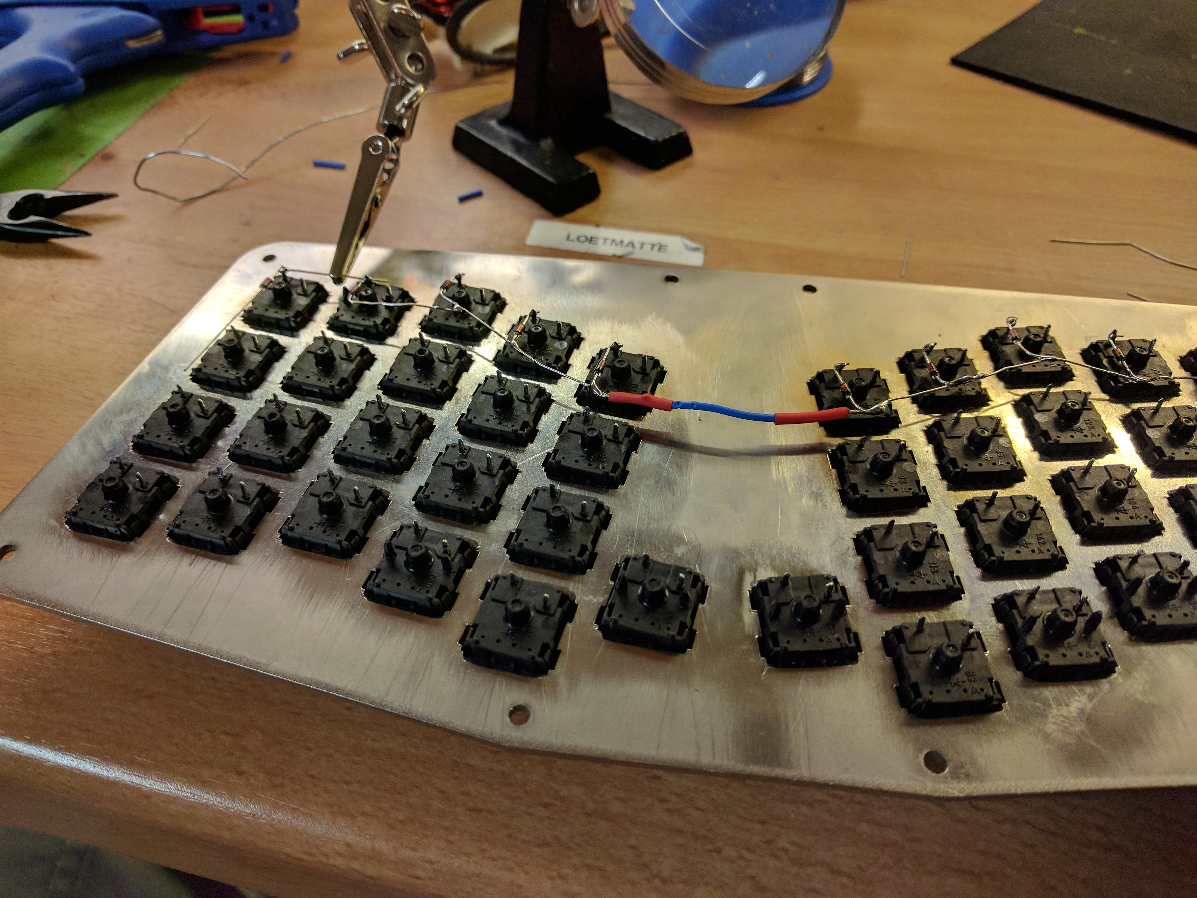 Atreus: Building a custom ergonomic keyboard - Henri Bergius