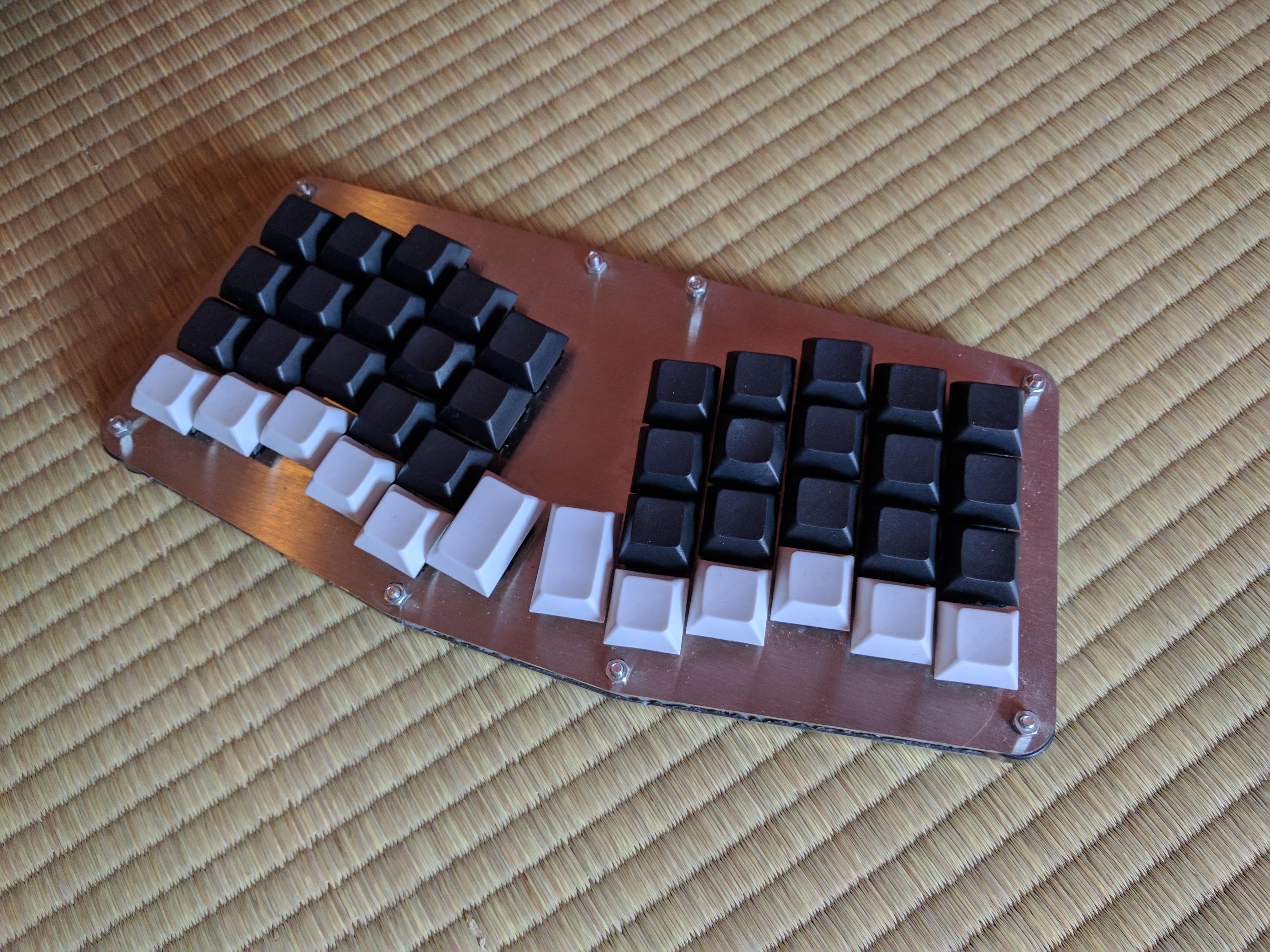 Atreus: Building a custom ergonomic keyboard - Henri Bergius in ...