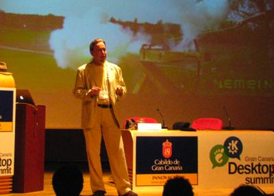 Explaining signals at Gran Canaria Desktop Summit